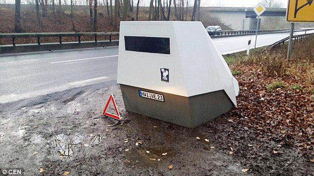 New STEALTH Speed Camera in Australia! Watch out for your License and Demerit Points